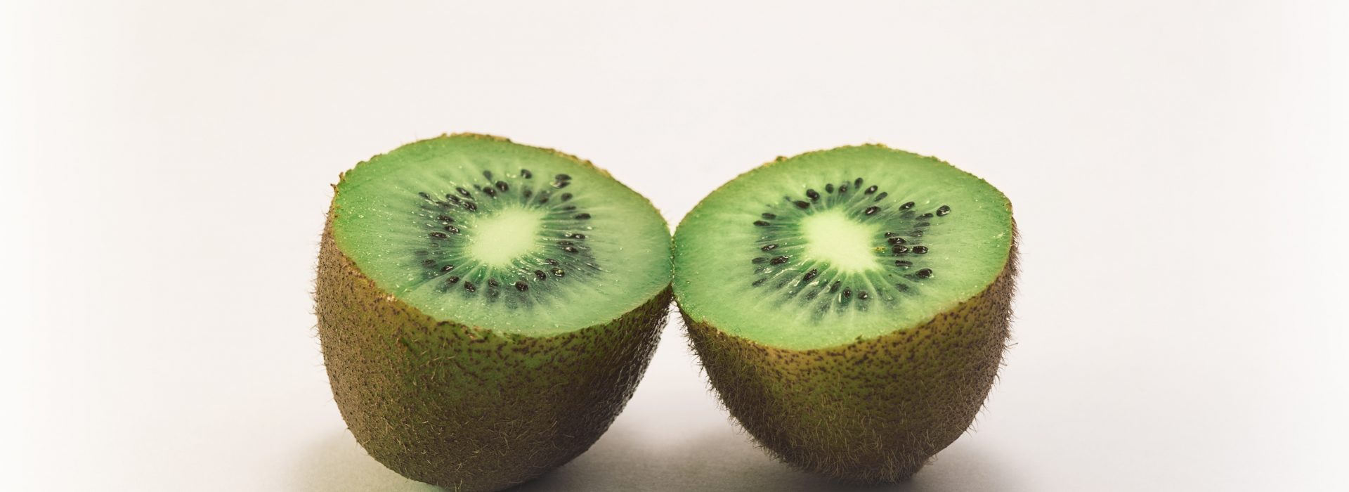 color-fruit-kiwi-vitamins-54370